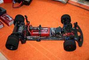 Un prototype Pro10 200mm sur base de Team Associated RC10 R5.