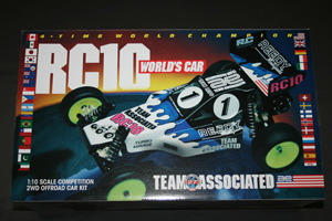 Team Associated RC10 World's Car (réédition).